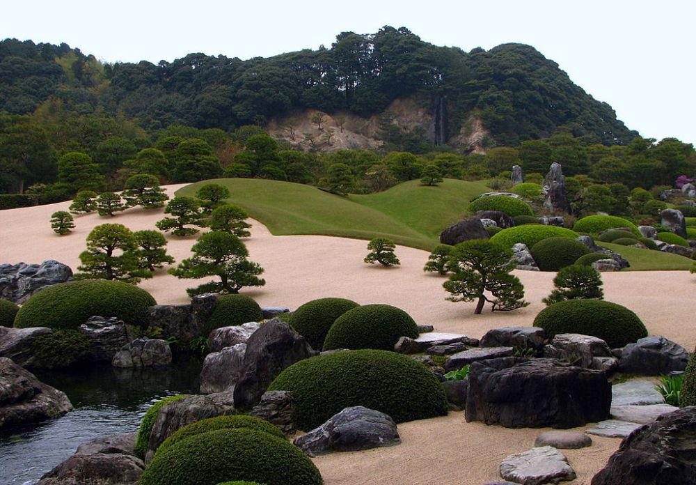 1024px-Adachi_Museum_of_Art_Garden_02.jpg